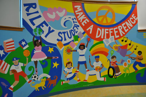 This anti-bullying mural was unveiled at Riley Avenue Elementary School in Calverton Thursday. (Credit: Rachel Young)