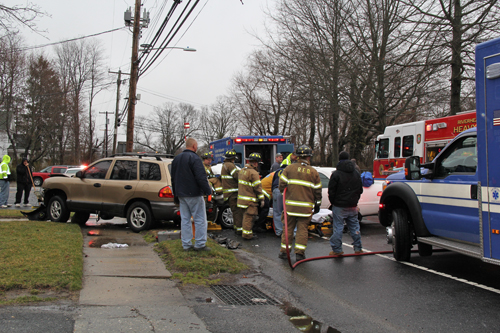 Three people were injured in a crash on East Main Street Monday morning. (Credit: Carrie Miller)